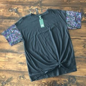 NWT Wild Fable Sequin Detail Twist Top, MED
